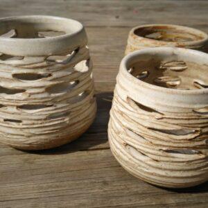 Exemple de laternes créées lors de l'atelier lanternes en céramique